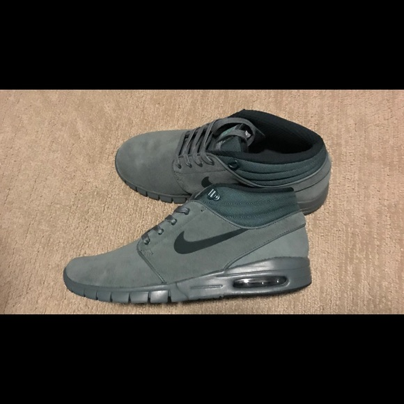 c74ace4caf7f Nike Stefan Janoski Max Mid Skate Shoes! Size 10!